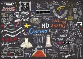 conjunto de cinema e indústria cinematográfica. esboço desenhado à mão, ilustração vetorial no quadro-negro vetor