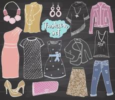 conjunto de rabiscos de coleção de moda. mão desenhada esboço com sapatos, calças e jaqueta, bolsa e acessórios elementos de design de ilustração vetorial no fundo do quadro-negro vetor