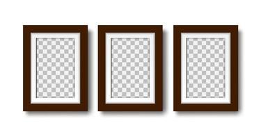 três molduras de fotos com passepartout na maquete de parede vetor