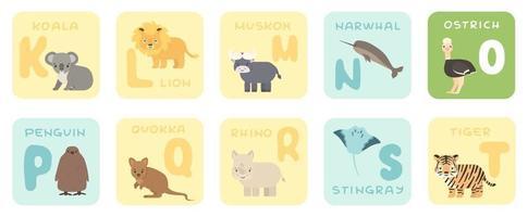 Cartões de alfabeto kt fofos com desenhos animados de animais africanos de savana com ilustrações de zoológico vetor