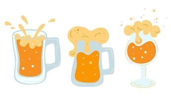 conjunto de várias canecas com copos de cerveja canecas com alça cheia de cerveja light com espuma e bolhas bebida alcoólica refrescante fria litro de bebida dourada com ilustração vetorial plana de espuma vetor