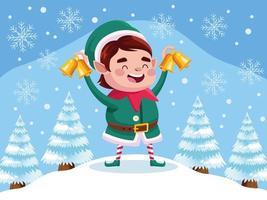 Ajudante de Papai Noel bonito personagem de natal com sinos dourados na neve vetor