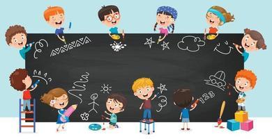 crianças felizes desenhando no quadro-negro vetor