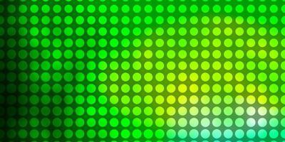 Padrão de vetor verde claro com círculos abstratos discos coloridos em padrão de fundo gradiente simples para cortinas de papéis de parede