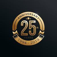 distintivo dourado de aniversário de 25 anos com design de vetor estilo ouro