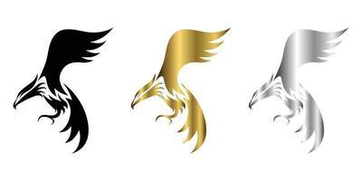 logotipo de vetor de três cores preto ouro prata da águia que está voando