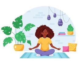 mulher afro-americana meditando na posição de lótus em um interior moderno e aconchegante vetor