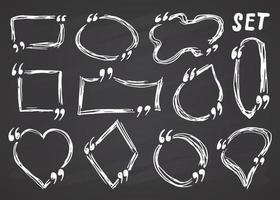 Caixas de cotação e quadros de cotação desenhados à mão, desenho ilustração em vetor doodle no fundo do quadro-negro