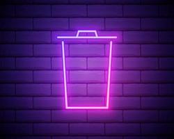Ícone de lata de lixo de linha de néon brilhante isolado no fundo da parede de tijolo. sinal de lata de lixo. ícone da cesta de reciclagem. ícone de lixo do escritório. ilustração vetorial vetor