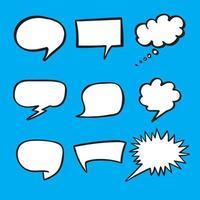retro mão desenhada quadrinhos bolhas do discurso em fundo azul. espaço em branco vazio, design vintage, ilustração vetorial de pop art vetor