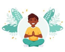 menino indiano meditando em posição de lótus. ginástica, ioga e meditação para crianças. vetor