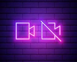 ícone de câmera fotográfica de linha de néon brilhante isolado no fundo da parede de tijolo. ícone de câmera de foto. ilustração vetorial vetor