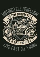 Crachá do vintage da motocicleta rebelde do crânio, design retrô do crachá vetor