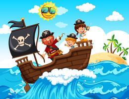 Um pirata e crianças felizes no barco