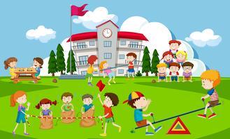 Crianças, tocando, em, escola, pátio recreio vetor