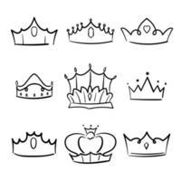 coleção princesa coroa doodle. coroação simples. vetor