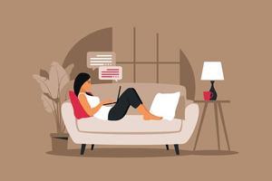 conceito de escritório em casa, mulher trabalhando em casa deitada em um sofá. vetor