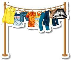 porta-roupas com muitas roupas em cabides vetor