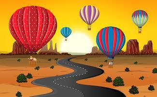 Viajar pelo balão de ar quente no deserto vetor