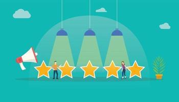 avaliação de clientes com feedback de estrelas com pessoas da equipe que estão com grandes estrelas vetor