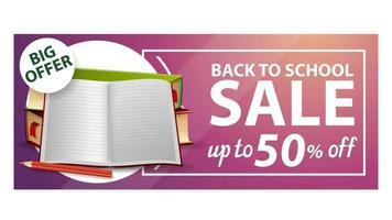 volta às aulas, banner de desconto na web com livros escolares e caderno vetor