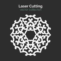 Modelo de corte a laser. Cartão Redondo. Die Cut Mangala vetor