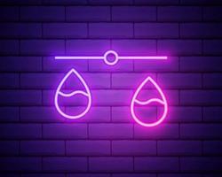 Ícone de balança de néon brilhante da justiça isolado na parede de tijolos vetor