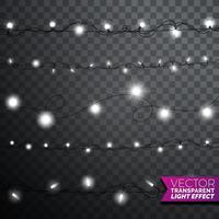 Luzes de Natal brilhantes sobre fundo transparente vetor