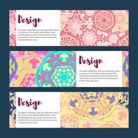 Conjunto de bandeiras de modelos. Padrão de mandala floral e ornamentos.