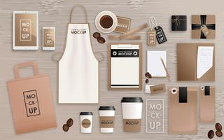 O molde do projeto da identidade corporativa ajustou-se para a cafetaria ou a casa. Pacote de mock-up, tablet, telefone, etiqueta de preço, Copa, notebook. Conceito realista de vetor