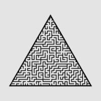 complicado labirinto triangular grande. jogo para crianças e adultos. quebra-cabeça para crianças. enigma do labirinto. ilustração em vetor plana isolada em fundo cinza.