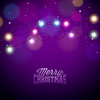Luzes de Natal coloridas de incandescência para Xmas Holiday e feliz ano novo design de cartões em fundo violeta brilhante. vetor