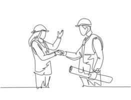 um desenho de linha da jovem arquiteta e construtor capataz usando colete de construção e aperto de mão de capacete para lidar com um projeto. grande conceito de trabalho em equipe. ilustração vetorial de desenho de linha contínua vetor