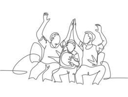 uma linha de desenho de torcedores sentados no sofá e assistindo seu clube favorito jogar a partida na televisão e fazendo gesto de high five. ilustração em vetor projeto do fã clube conceito linha contínua desenhar