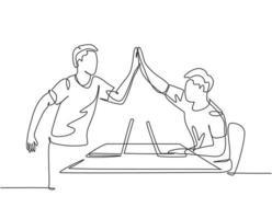 """um desenho de linha de jovens fundadores de start-ups celebrando seu objetivo sucessivo na reunião de negócios com um gesto de """"high five"""". conceito de negócio de negócios linha contínua desenho ilustração de design vetor"""