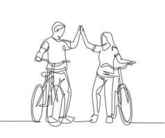 um desenho de linha do jovem casal feliz masculino e feminino dar um passeio com bicicleta no parque outfield e dando mais cinco gesto. relacionamento conceito linha contínua desenho ilustração vetorial vetor
