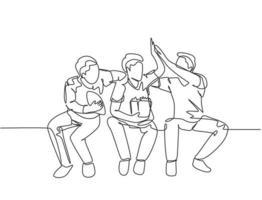 uma única linha de desenhos de jovens torcedores felizes sentados no sofá e assistindo ao jogo de seu clube favorito na televisão. ilustração em vetor projeto do fã clube conceito linha contínua desenhar
