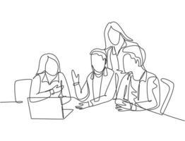 um único desenho de linha de homens de negócios jovens assistindo a tela do laptop durante uma reunião com colegas na sala de escritório. conceito de ideias de brainstorming. ilustração em vetor gráfico desenho linha contínua