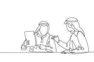desenho de linha única contínua de jovem gerente de negócios muçulmano discutindo a nova política da empresa com o parceiro. pano árabe do Oriente Médio kandura, descongelar, manto. ilustração em vetor desenho desenho de uma linha