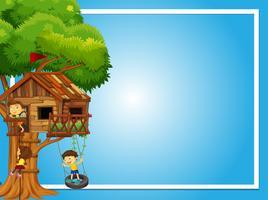 Modelo de fronteira com crianças na casa da árvore vetor