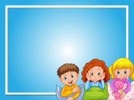 Design de moldura com crianças de pijama