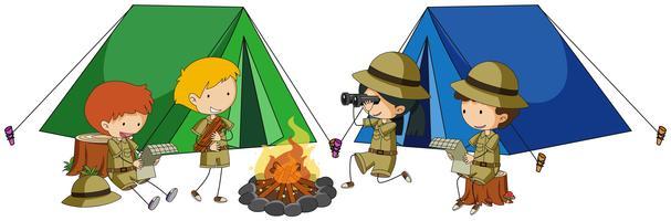 Quatro crianças acampadas vetor
