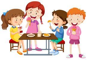 Conjunto de crianças a comer juntos vetor