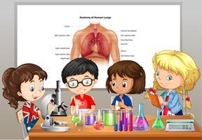 Alunos fazendo laboratórios de ciências no quarto vetor