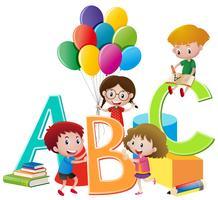Crianças brincando de brinquedos e alfabetos ingleses vetor