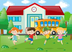 Crianças, tendo divertimento, em, escola vetor