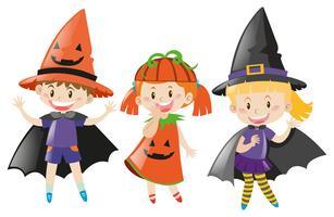 Três crianças, em, traje halloween vetor