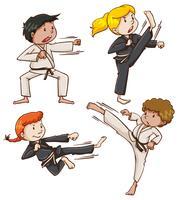 Esboço simples de pessoas envolvidas em artes marciais vetor