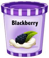 Iogurte Blackberry em copo roxo vetor