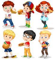 Meninos e meninas com fastfood